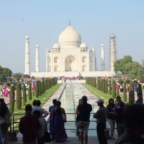 Taj Mahal mit Gartenanlage