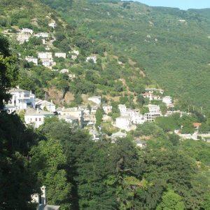 Das hängende Dorf Makrinitsa