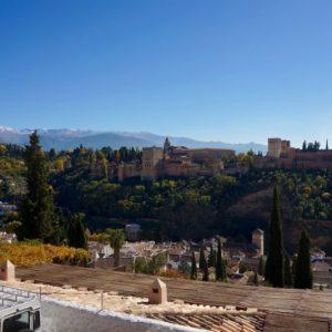 Die Burganlage der Alhambra in Granada