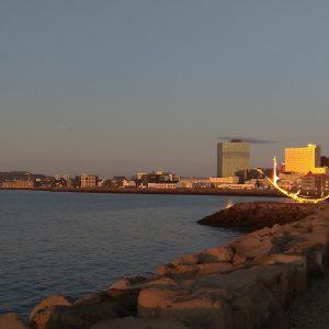 abendliche Skyline von Reykjavik