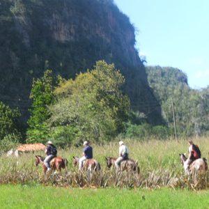Reiter im Vinales Tal