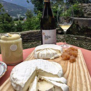 Käseverkostung mit Quittenbrot und Wein