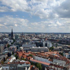 Blick auf die Stadt vom Turm des Michels aus