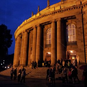 Die Stuttgarter Oper bei Nacht